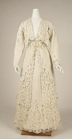 Linen and Cotton Lace Suit 1904 Edwardian Clothing, Edwardian Dress, Antique Clothing, Historical Clothing, Edwardian Era, Victorian Dresses, 1920s Dress, Victorian Gothic, Gothic Lolita