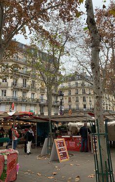 Autumn Aesthetic, Travel Aesthetic, Jardin Des Tuileries, Moving To Paris, European Summer, We Fall In Love, Destinations, Photo Dump, Travel Goals