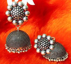 We offer wide range of Indian Imitation Wedding Jewellery from various famous designers brands