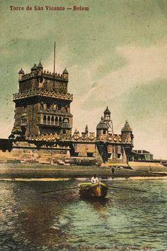 Torre de Belém, final séc XIX Old Pictures, Old Photos, Iberian Peninsula, San Fransisco, Ways To Travel, Paris Skyline, Around The Worlds, Fun Art, City