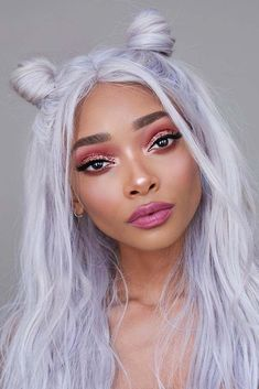 Space Hair Buns to Conquer the Universe ★ Bun Hairstyles, Pretty Hairstyles, Hair Inspo, Hair Inspiration, Nyane Lebajoa, Curly Hair Styles, Natural Hair Styles, Aesthetic Hair, Lavender Hair