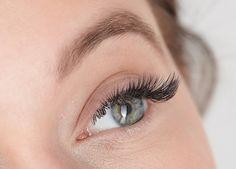 Aquaro-Die WimpernProfis sorgen bei Fabienne Rothe für unvergessliche Wimpern!