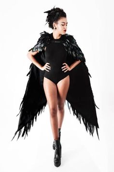 Woman of the Animi people--Black Swan Feather Wings Cape Halloween Mode, Sexy Halloween Costumes, Halloween Fashion, Diy Costumes, Dance Costumes, Costumes For Women, Couple Costumes, Couple Halloween, Adult Costumes