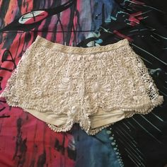 Lacey shorts Mossimo shorts size medium. Light wear but still has lots of life left! Goes great with kimonos & bandeaus. Mossimo Supply Co. Shorts