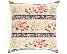 French Floral Vintage Fabric   C'est magnifique!!