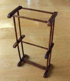 Nukkekodin hengetär  drying rack