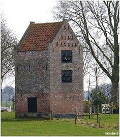 de duiventoren van Schevichoven is een oudje en dateerd uit de 17e eeuw