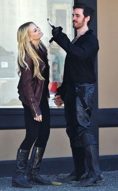 Jennifer Morrison & Colin O'Donoghue.  I wonder how the hook is attached so he doesn't get cramps in his hand.