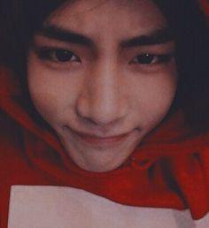 ☁️ One shots(All M*)of Taekook I'll update whenever🤍 Taekook, Foto Bts, Bts Photo, Bts Taehyung, K Pop, V Smile, V Bts Cute, Bts Face, Album Bts