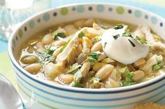 Weight Watchers White Chili  48 ozs great northern beans  2 cups salsa  2 cups fat free chicken broth  4 cups chicken breasts (cooked chicken breasts diced)  1 cup mozzarella cheese
