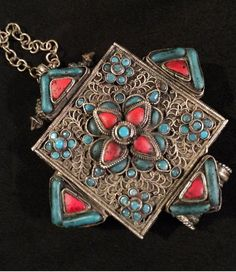 Nepalese gau prayer box with coral my ethnic stuff pinterest on vintage tibetan prayer box turquoise coral color stones with prayers and blessings aloadofball Image collections