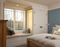 good idea for a window seat - in line with closets!