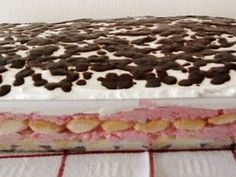 Puncsbomba sütés nélkül | NOSALTY No Bake Treats, No Bake Cookies, Cake Cookies, Desserts In A Glass, Salty Snacks, Trifle, Breakfast Recipes, Food And Drink, Favorite Recipes