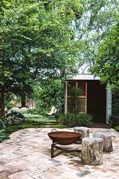 outdoor living: a multi-purpose garden – rustic home exterior Outdoor Fire, Outdoor Areas, Outdoor Rooms, Outdoor Living, Outdoor Decor, Outdoor Stove, Rustic Outdoor, Fireplace Outdoor, Outdoor Lounge