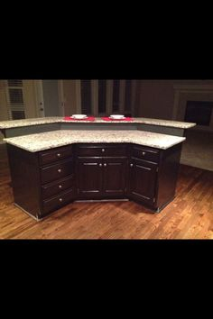 Trendy Kitchen Island With Seating L Shaped New Kitchen Cabinets, Kitchen Redo, Kitchen Layout, Kitchen Countertops, Kitchen Ideas, 10x10 Kitchen, Floors Kitchen, Kitchen Updates, Kitchen Makeovers