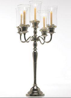 un candlelabra