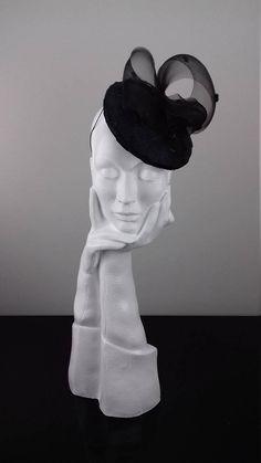 cb66d7c0077 Elegant black mini hat headpiece suitable for Ascot Dubai Broad Shoulders