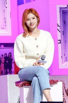 """Twice Sana at """"Seize The Light"""" Premiere Extended Play, Nayeon, South Korean Girls, Korean Girl Groups, Sana Minatozaki, Twice Sana, Dahyun, Blackpink Fashion, Winter Fashion"""