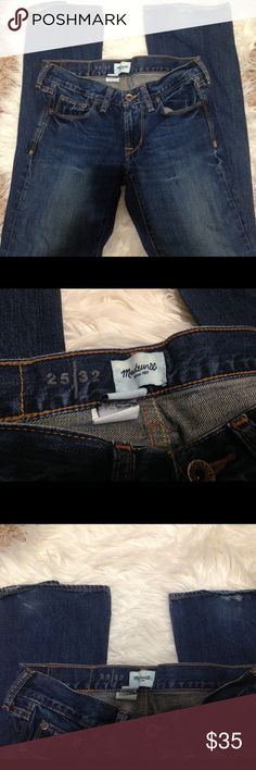 Madewell  Bootcut Jeans Such good jeans! Bootcut fit, and super comfortable on! The bottoms of the jeans are a little distressed, but not too noticeable! Madewell Jeans Boot Cut