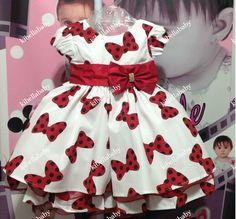 Vestido Infantil Minnie Estampa de Laços da Minnie