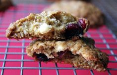 Cranberry & White Chocolate Oatmeal Cookies by kellylovescupcakes