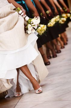 bridal party pose to show off the shoes