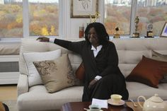 Pictures & Photos of Whoopi Goldberg - IMDb Titles: 30 Rock, Dealbreakers Talk Show Names: Whoopi Goldberg Characters: Whoopi Goldberg Still of Whoopi Goldberg in 30 Rock Alex Martin, 30 Rock, Whoopi Goldberg, Picture Photo, Pictures, Photos, Film, American, Names