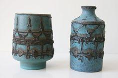 Two Ruscha Vases and Mid century Fat door vintagemoodsNL, Unusual Flowers, Mid Century Modern Design, Lava, Mid-century Modern, Vintage Items, Germany, Pottery, Joy, Decoration