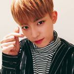 "Polubienia: 52, komentarze: 2 – JINHONG (김진홍)  (@january.jinhong) na Instagramie: ""This livestream lifted me up so much!! I made sure to take a lot of screenshots - © mine #24k…"""