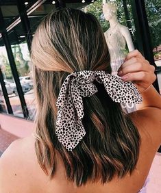 Super Cute Hairstyles, Cute Hairstyles For Teens, Try On Hairstyles, Hairstyles For School, Scarf Hairstyles, Pulled Back Hairstyles, Hair Inspo, Hair Inspiration, Vsco
