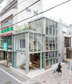 *모퉁이 상가 yuko nagayama & associates plan all-glass soup restaurant in tokyo Restaurant Exterior Design, Cafe Exterior, Interior Exterior, Shop Facade, Building Facade, Building Design, Retail Facade, Glass Restaurant, Tokyo Restaurant