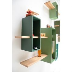 Stylish Bookcase Design in Various Models : Modern Minimalist Bookshelf Design With Natural Light Wood And Painted Wood Shelving Decorated With Kids Toys A Mid Century Modern Bookcase Wall Mounted Wood Shelves, Wall Shelves, Corner Shelves, Wooden Shelves, Bookcase Shelves, Cool Furniture, Furniture Design, Modular Furniture, House Furniture