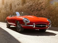 jaguar e-type | Jaguar E-Type – A Work of Art on Wheels (Video and Images)