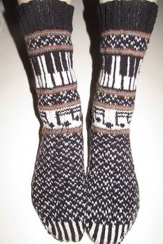 Ravelry: Musica: The Socks 2014 pattern by Deborah Tomasello Crochet Socks, Knitting Socks, Hand Knitting, Knit Crochet, Fair Isle Knitting Patterns, Crochet Patterns, My Socks, High Socks, Sock Yarn
