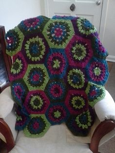 Ravelry: Project Gallery for Mod Hex Afghan pattern by Lion Brand Yarn