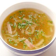 レタスクラブの簡単料理レシピ 「セロリとハムのスープ」のレシピです。