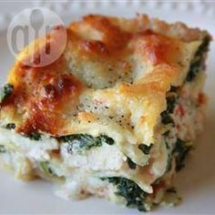 Lasagna Alfredo Lasagna Alfredo With Chicken Ricotta And Spinach So Good That My Family Requests It At Least Once A Week Serve With Diced Tomato As A