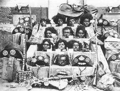 Cabeças cortadas, objetos e armas de Lampião e seus companheiros após a emboscada policial na fazenda Angicos, antigo esconderijo dos cangaceiros.
