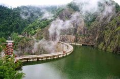 Vidraru Lake View to a spectacular road trip Romania Beautiful Places To Visit, Wonderful Places, Places Around The World, Around The Worlds, Visit Romania, Travel Advisory, The Great Escape, Tourist Places, Lake View