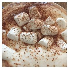 He disliked coffee, but he liked hot chocolate a lot. It crashed completely with the image people had of him. Brown Aesthetic, Aesthetic Colors, Aesthetic Vintage, Christmas Aesthetic, Back Home, Hot Chocolate, Cocoa, Food And Drink, Breakfast