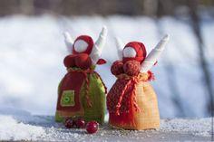 Купить или заказать Кукла народная Радостея  Рябинка в интернет-магазине на Ярмарке Мастеров. Радостея - от слова 'радость'.... Ярка и нарядная куколка для радости, хорошего настроения и оптимизма. Куколка изготовлена бесшитьевым способом из натуральных материалов - домотканое полотно, лен, хлопок . Рост куколки 10 см (с руками).