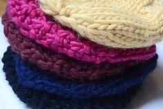 des bonnets de toutes les couleurs DIY