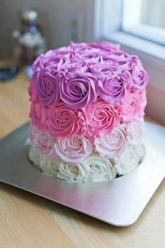 Cake ideas 395964992219175803 - Pretty Butter Cream Ombre Rose Cake, Pastel Cake For Party, DIY Swirl Cake Birthday Cake, Kids Party Food Source by mariannegiampic Pretty Cakes, Cute Cakes, Beautiful Cakes, Yummy Cakes, Amazing Cakes, Bolos Naked Cake, Rose Cake, Rose Swirl Cake, Fancy Cakes