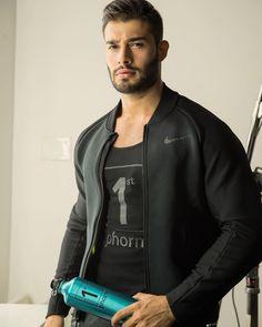 Sam asghari....Hawt!!! Beautiful Men Faces, Most Beautiful Man, Gorgeous Men, Moustache, Boy Fashion, Mens Fashion, Muscular Men, Attractive Men, Male Beauty