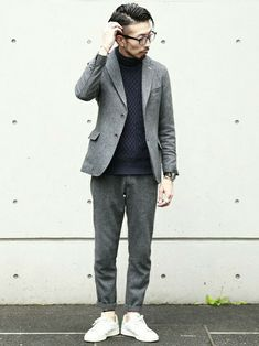 MEN'SMELROSE HEAD OFFICE( SHOP STAFF) | ひろしさんのニット/セーター「MEN'S MELROSE EXTRA FINE カシミヤタッチアラン柄タートルネックニット」を使ったコーディネート Japan Men Fashion, Suit Fashion, Mens Fashion, Fashion Outfits, Fasion, Suits And Sneakers, Sneakers Outfit Men, Smart Casual, Casual Looks