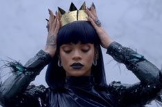Just stumbled across this cool page for Rihanna Divas, Rihanna Crown, Gif Sexy, Rihanna Style, Lipstick Brands, Rihanna Fenty, Rihanna Meme, Rihanna Quotes, Rihanna Makeup