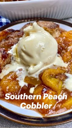Desserts Menu, Easy Desserts, Delicious Desserts, Dessert Recipes, Yummy Food, Kitchen Recipes, Baking Recipes, Southern Peach Cobbler, Easy Casserole Recipes