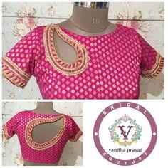Paisley front and back blouse Saree Blouse Neck Designs, Fancy Blouse Designs, Blouse Patterns, Stylish Blouse Design, Blouse Models, Mode Style, At Least, Blue Blouse, Neckline