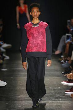 À La Garçonne | Spring 2017 Ready-to-Wear Collection - São Paulo | Vogue Runway