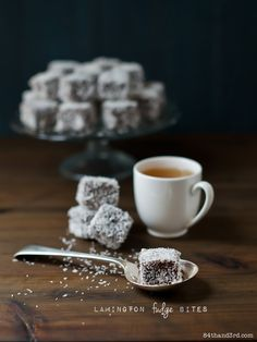 Lamington Fudge Bites - Vegan and Soy-Free raspberry filling + coconut-crusted Fudge Recipes, Candy Recipes, Raw Food Recipes, Gourmet Recipes, Dessert Recipes, Dessert Ideas, Sweet Recipes, Australia Day Celebrations, My Favorite Food